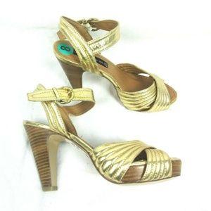 Steve Madden size 8 Gold Open Toe Wood Heels